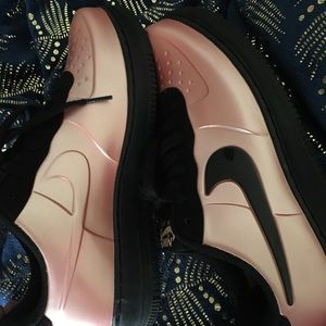 NIKE AIR FORCE 1 Foamposite Pink Low NEW Shoes 9